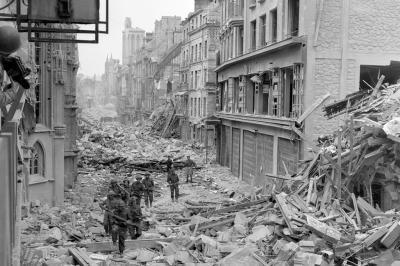 Oviedo, destruida durante el asedio del Frente Popular, no tuvo un Picasso que retratara la dureza de los ataques