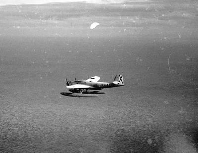 Este es el avión que se utilizó para el bombardeo de flores.